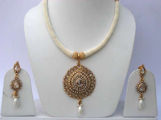 Latest Polki Necklace Designs 2013 For Women