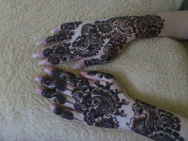 Latest Mehndi Designs 2013