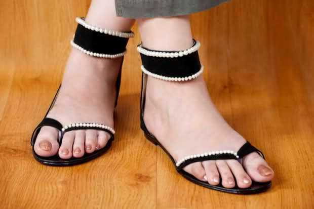 89fa4a3df21373 ... fantastic features and recent designs that are appreciated by ladies.  Sandals with traditional beautiful embroidery ware also part of recent  arrivals.