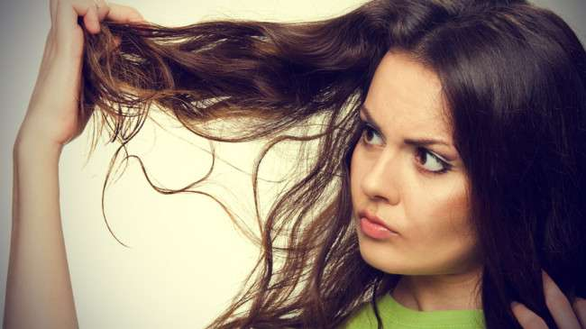 Hair-Breakage-Causes-Solutions