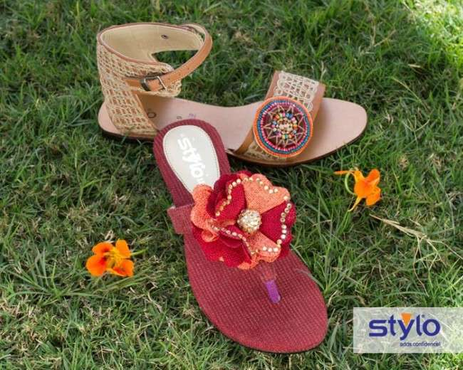 eid shoes by stylo shoes 2012 2013 for women Stylo Shoes Winter Collection 2013