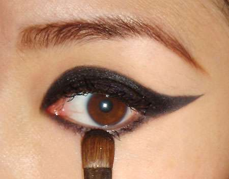 How To Do Cats Eyes Makeup