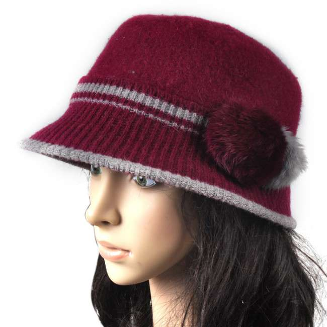 fashionable winter capshats for girls