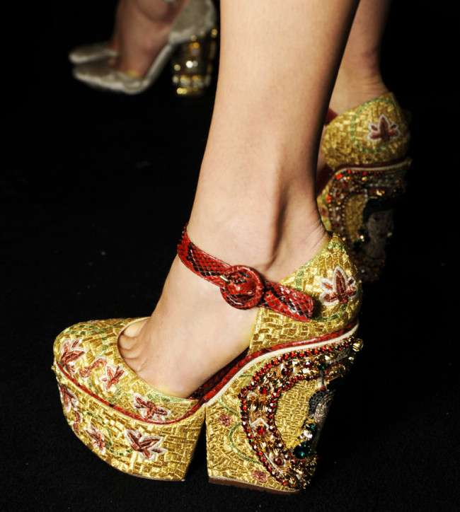 Dolce and Gabbana FW 2014 mosaic women collection the shoes sequins Stylo Shoes Winter Collection 2014