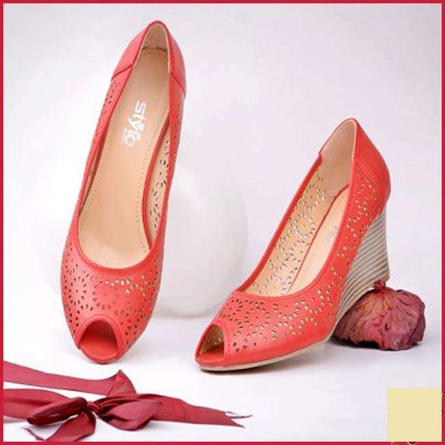 Bridal Shoes Stylo: Stylo Shoes Winter Collection 2014