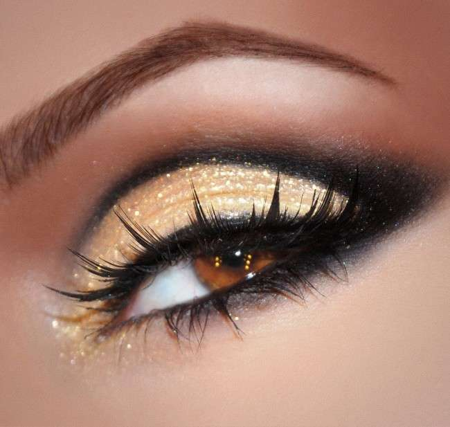 How To Do Eye Makeup At Home You