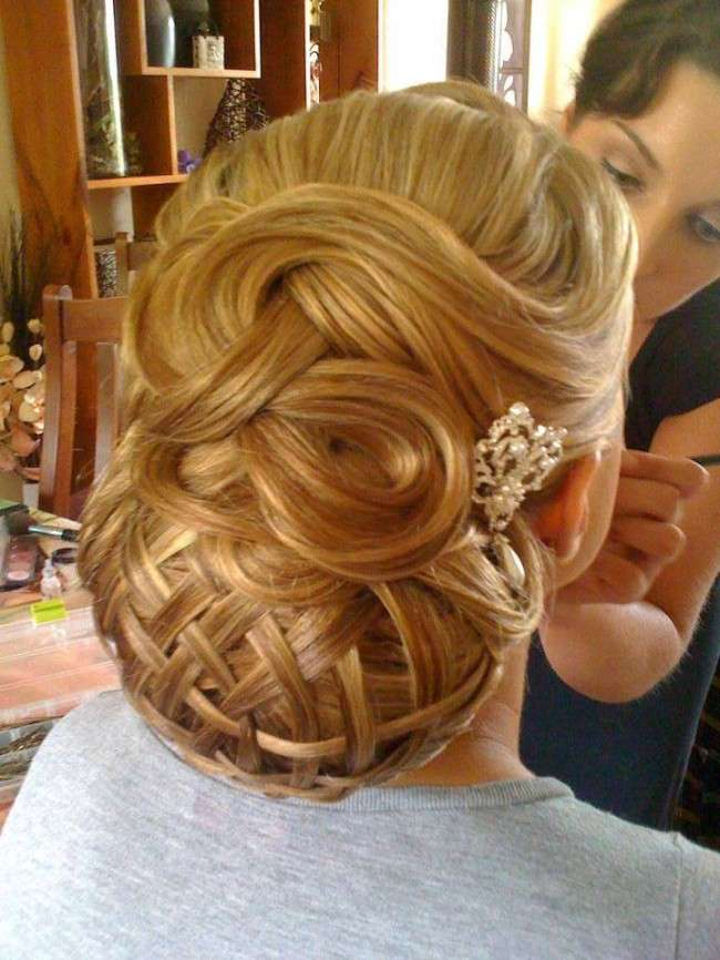 Selected Girls Hairstyle For New Year 2014 smartinstep 1 Latest Hairstyles for Girls 2014